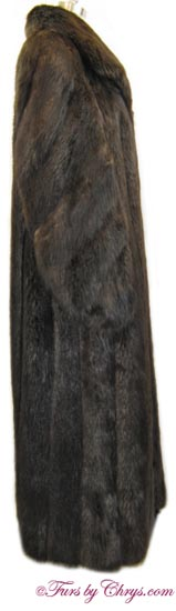 Beaver Coat Side image
