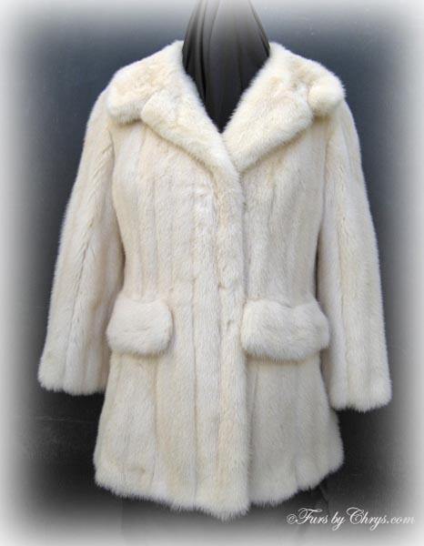 e0411111a0b1 Vintage Off-White Mink Jacket OM702 - Furs by Chrys
